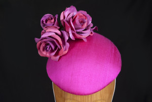Raw Silk three roses egg percher